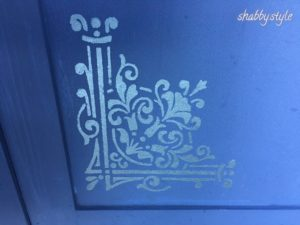 Schablone Schrank blau