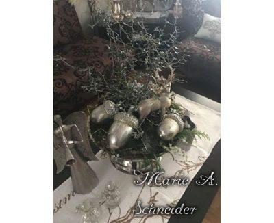 Adventsgesteck silber Eicheln